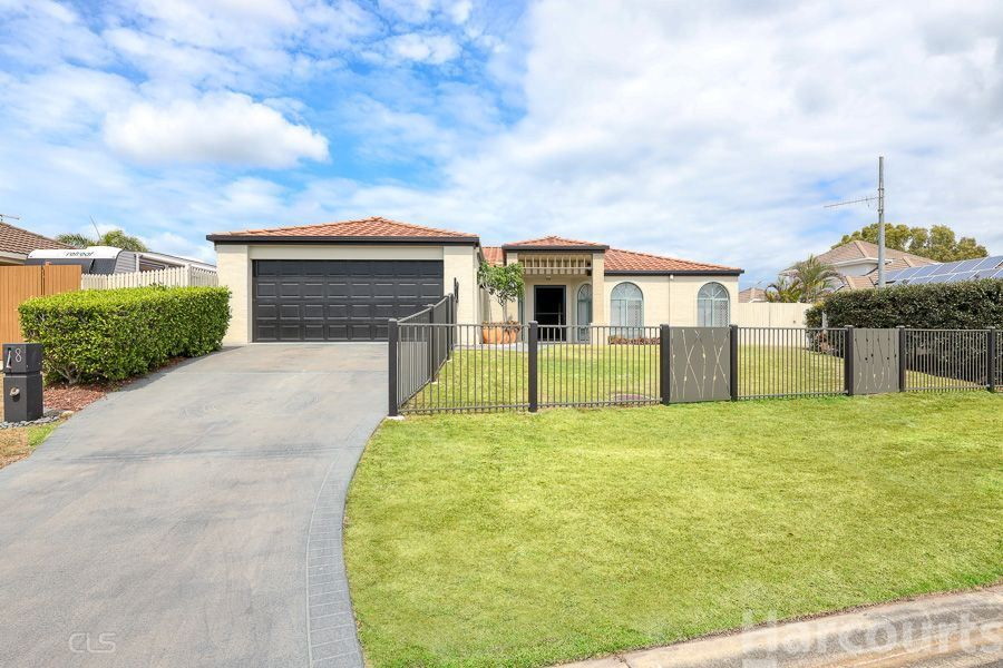 8 Voyagers Drive, Banksia Beach QLD 4507, Image 0