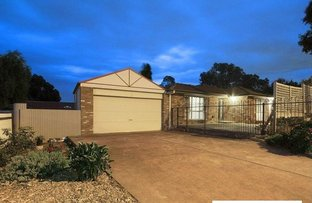 Picture of 224 James Cook Drive, Endeavour Hills VIC 3802