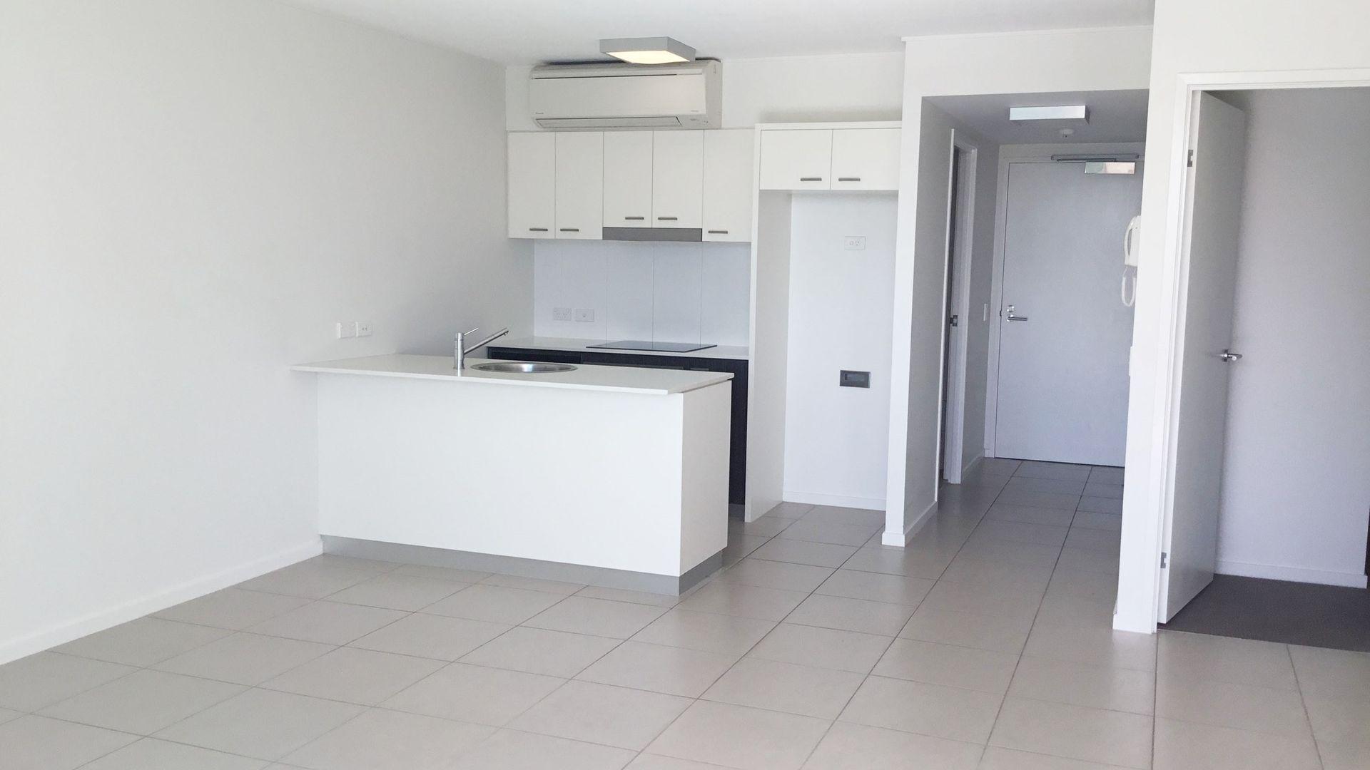3207A/3 Emporio Place, Maroochydore QLD 4558, Image 1