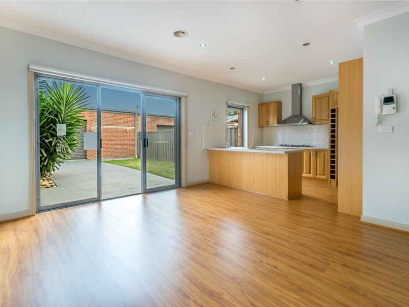 48 Cunningham Chase, Burnside Heights VIC 3023, Image 1