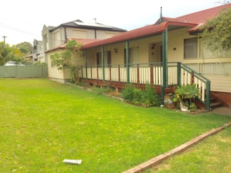 30 UNIVERSAL AVE, Georges Hall NSW 2198, Image 0