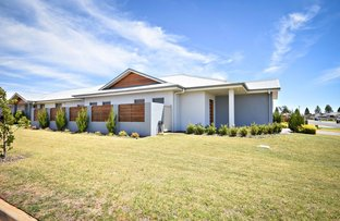 Picture of 2 Apsley Crescent, Dubbo NSW 2830