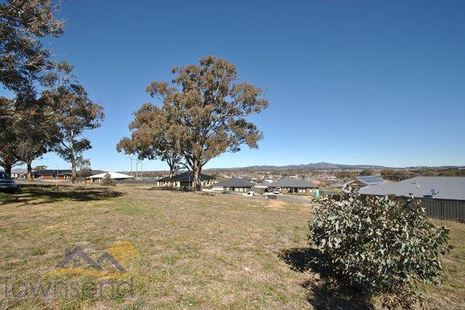 Picture of 18 Camellia Place, ORANGE NSW 2800