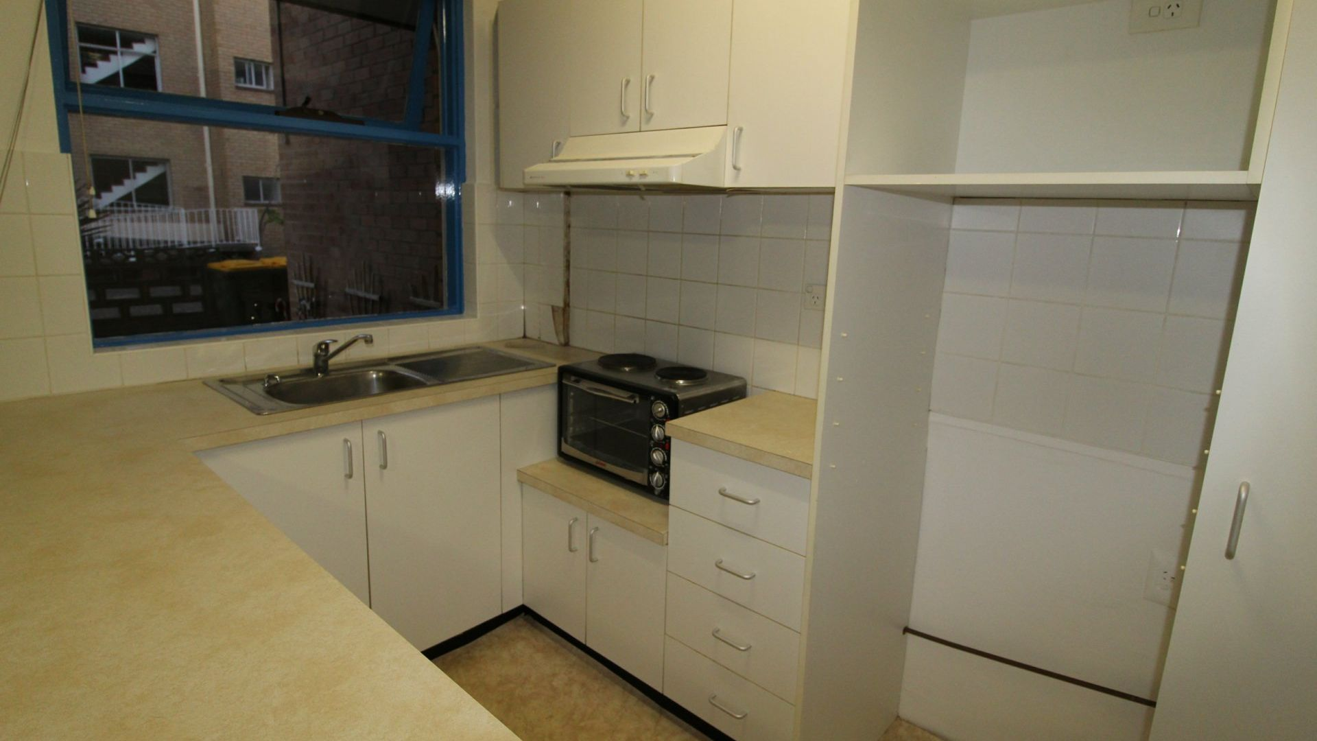 3/3 Cook Street, Glebe NSW 2037, Image 2