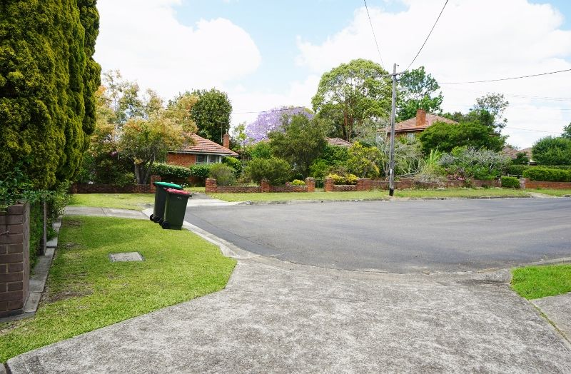 27 Stanley Road, Epping NSW 2121, Image 4
