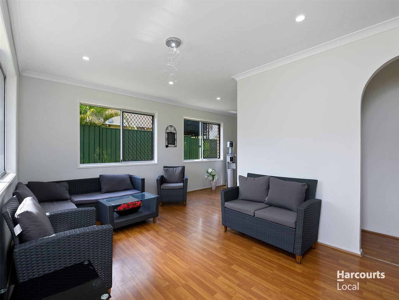 32 Bushmills Court, Hillcrest QLD 4118, Image 1