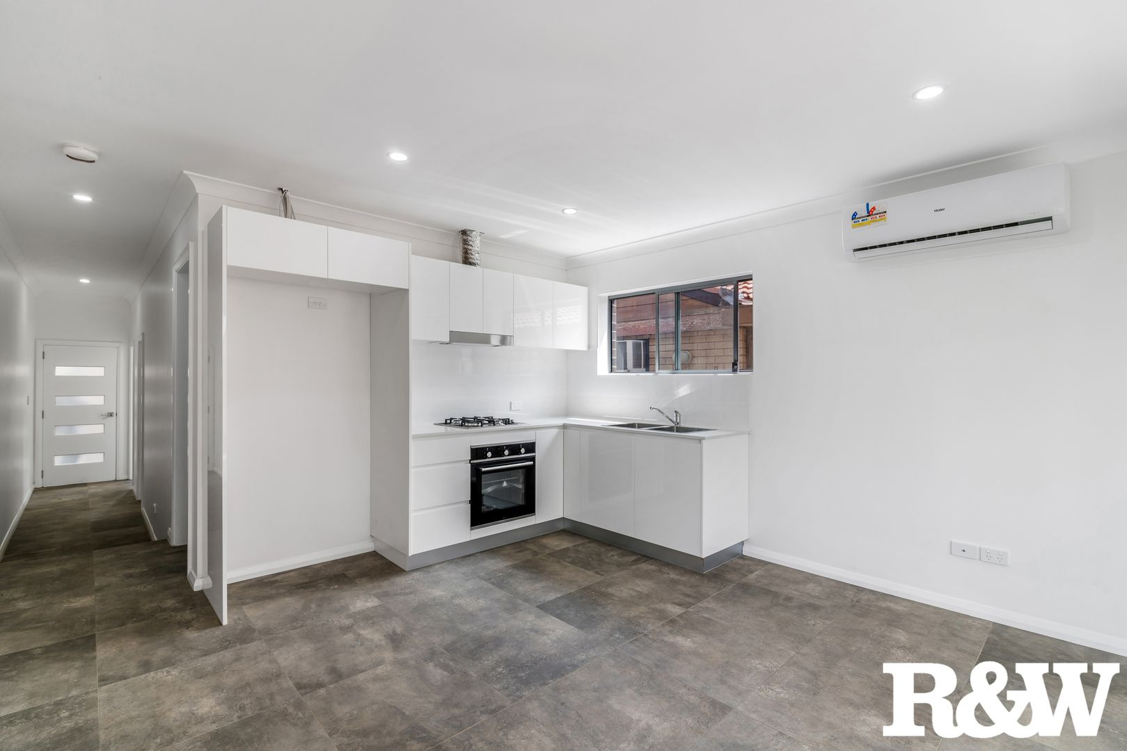38A Leicester Way, St Clair NSW 2759, Image 1