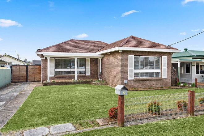Picture of 7 Kundle  Street, DAPTO NSW 2530