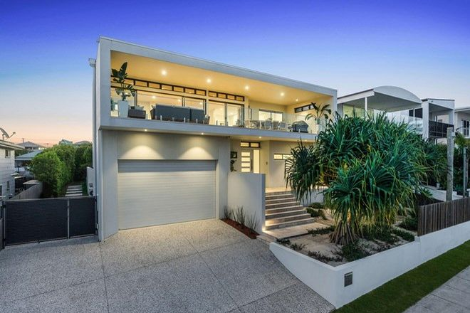 Picture of 135 Mountjoy Terrace, MANLY QLD 4179