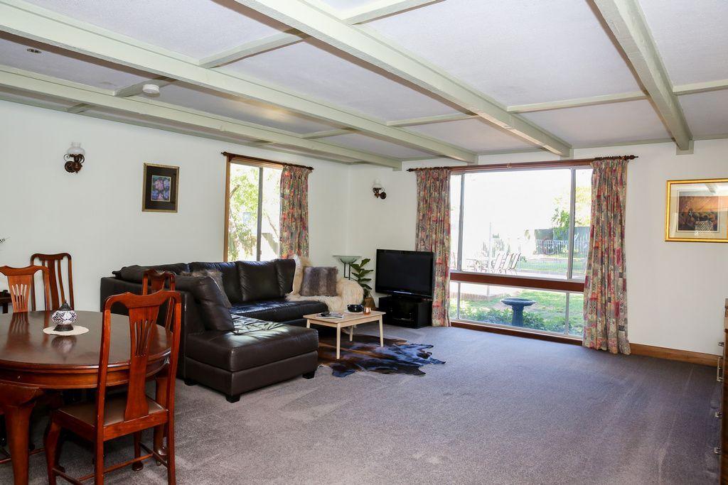 14 Athol Street, Turvey Park NSW 2650, Image 2