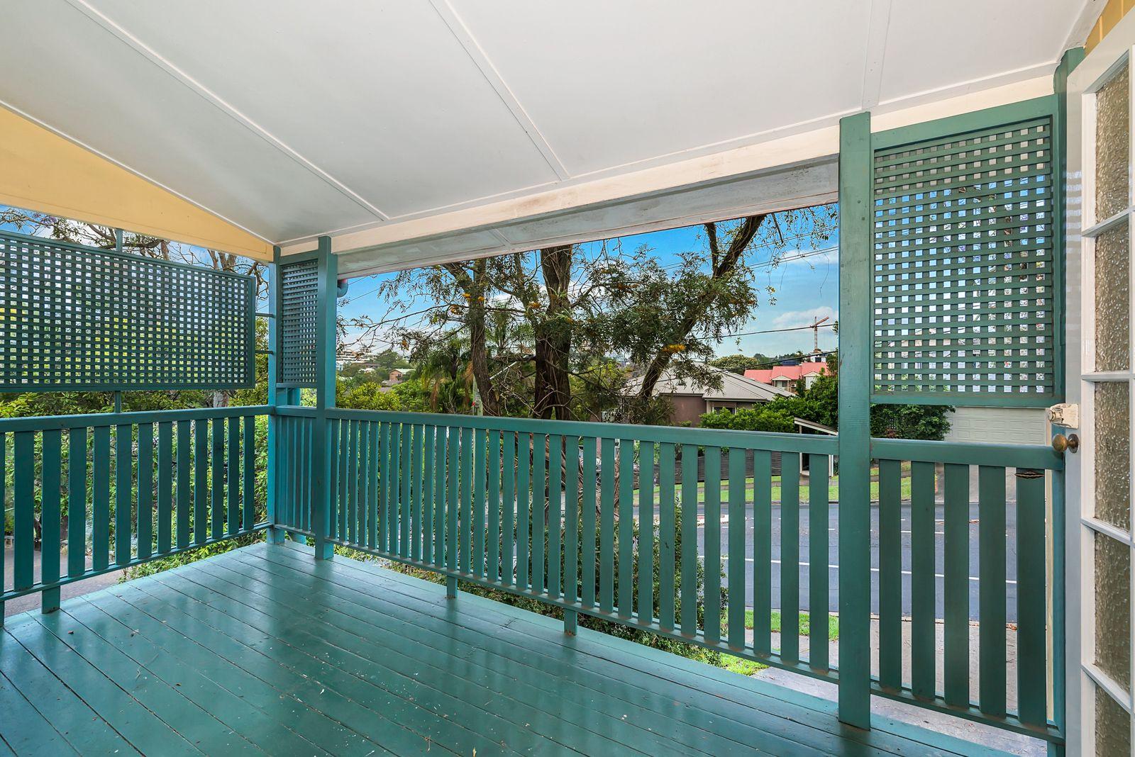 46 Whitmore  Street, Taringa QLD 4068, Image 2