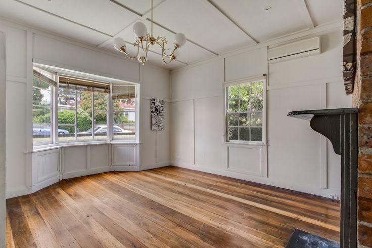2/136 Allingham Street, Armidale NSW 2350, Image 2