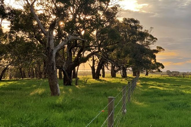 Picture of A N J O U/90 Wallaces Road, DROMANA VIC 3936