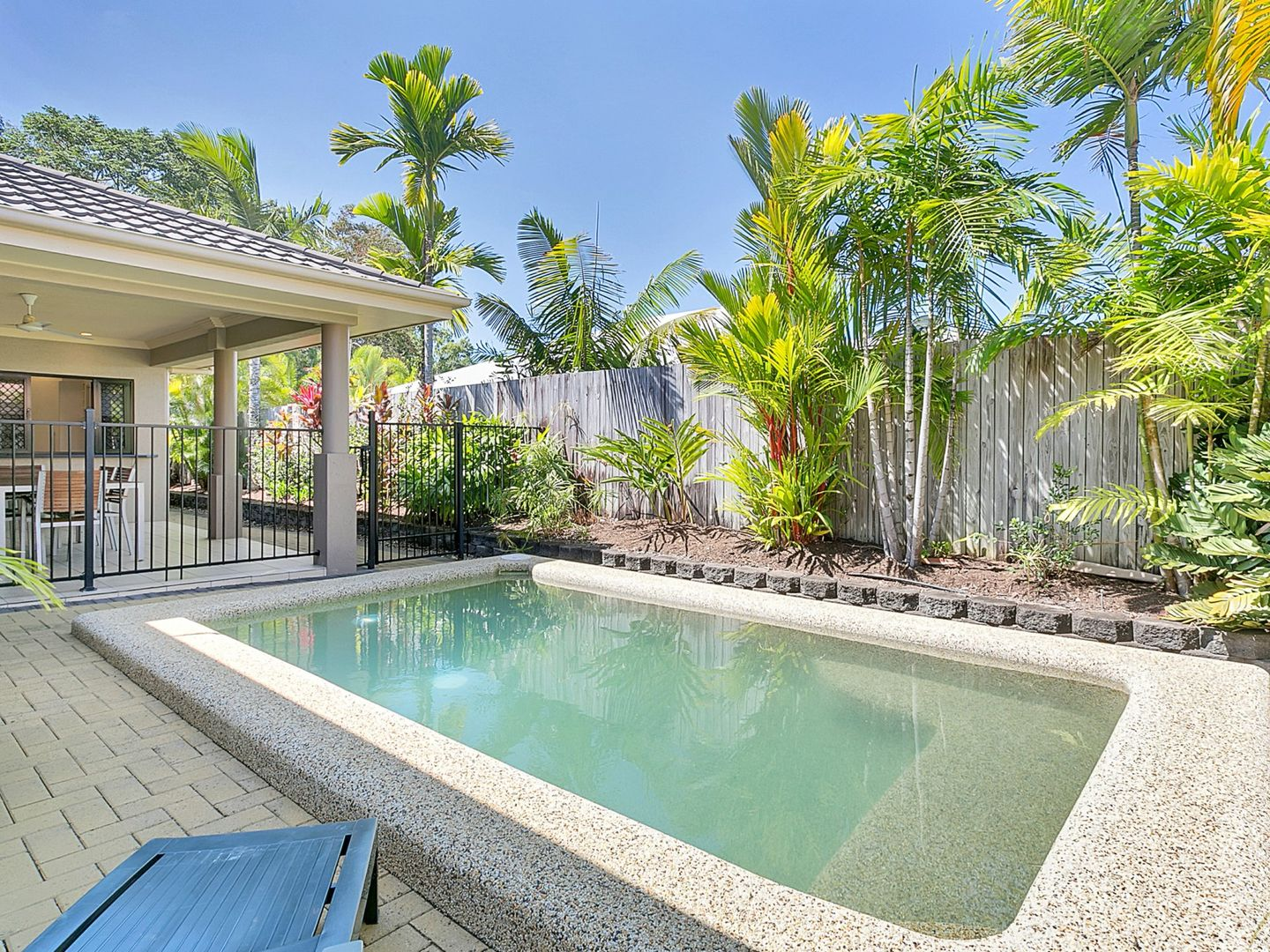 5 Macarthur Close, Palm Cove QLD 4879, Image 2