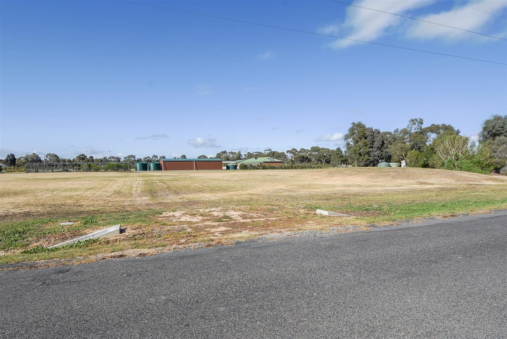 10 Holes Road, Haven VIC 3401, Image 2