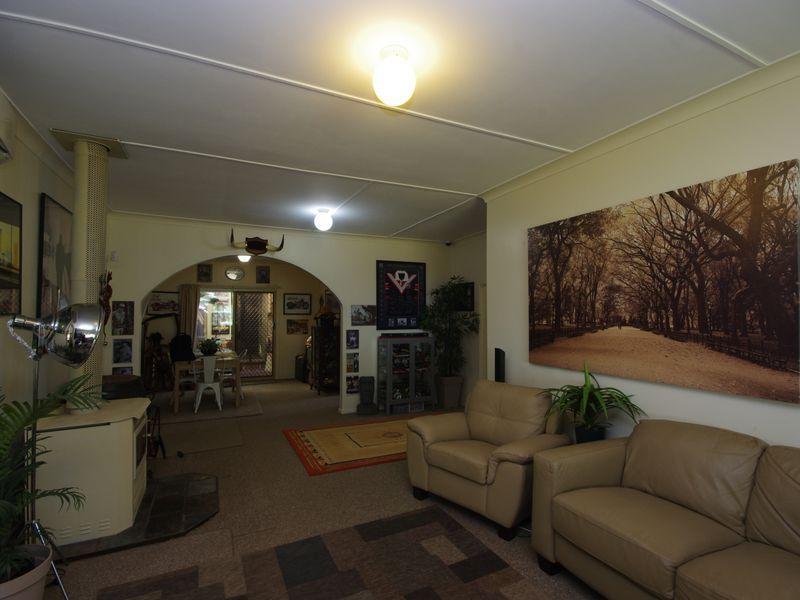 4 Wyangala Via, Cowra NSW 2794, Image 2