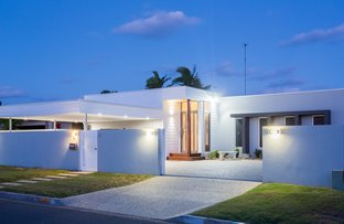 Picture of 35 Sundown Drive, Paradise Point QLD 4216