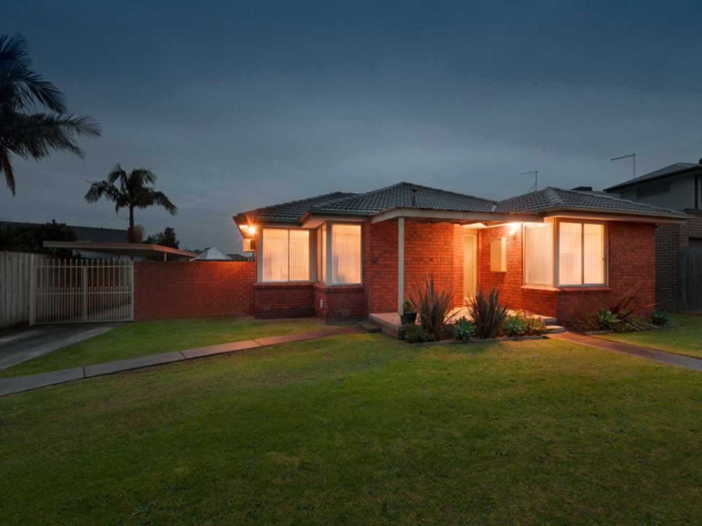 27 College Crescent, Keysborough VIC 3173, Image 0