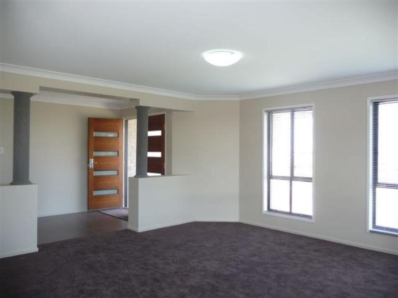 19 Pelling Court, Westbrook QLD 4350, Image 1