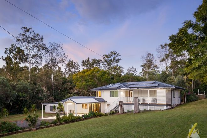 Picture of 8 Hayes Avenue, CAMIRA QLD 4300