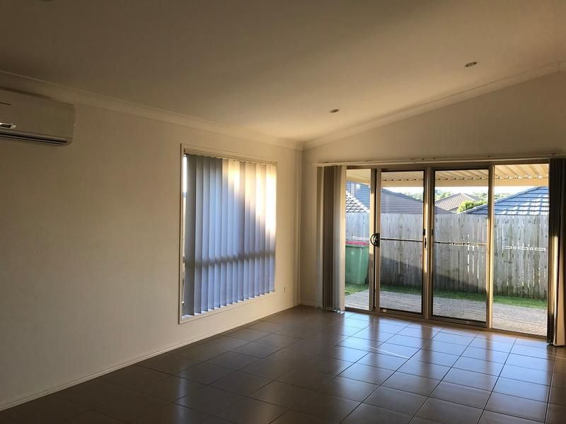59 Dornoch Drive, Raceview QLD 4305, Image 2