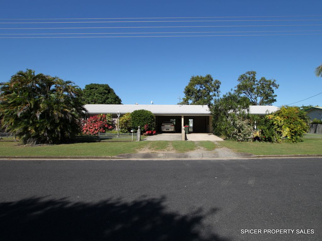 8 Melaleuca Drive, Tully Heads QLD 4854, Image 0