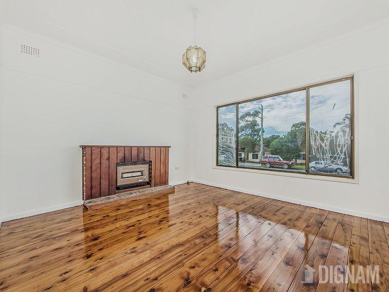 12 Hoskins  Street, Gwynneville NSW 2500, Image 2