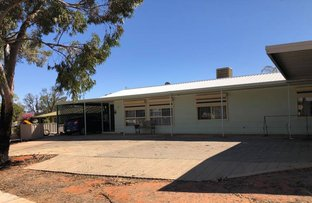 Picture of 15 Alberrie Steet, Roxby Downs SA 5725