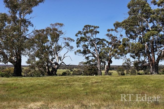 Picture of 80 Crowleys Lane, GLENLYON VIC 3461