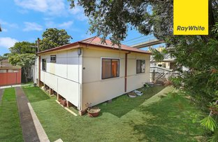 Picture of 62 Henry Lawson Drive, Peakhurst NSW 2210