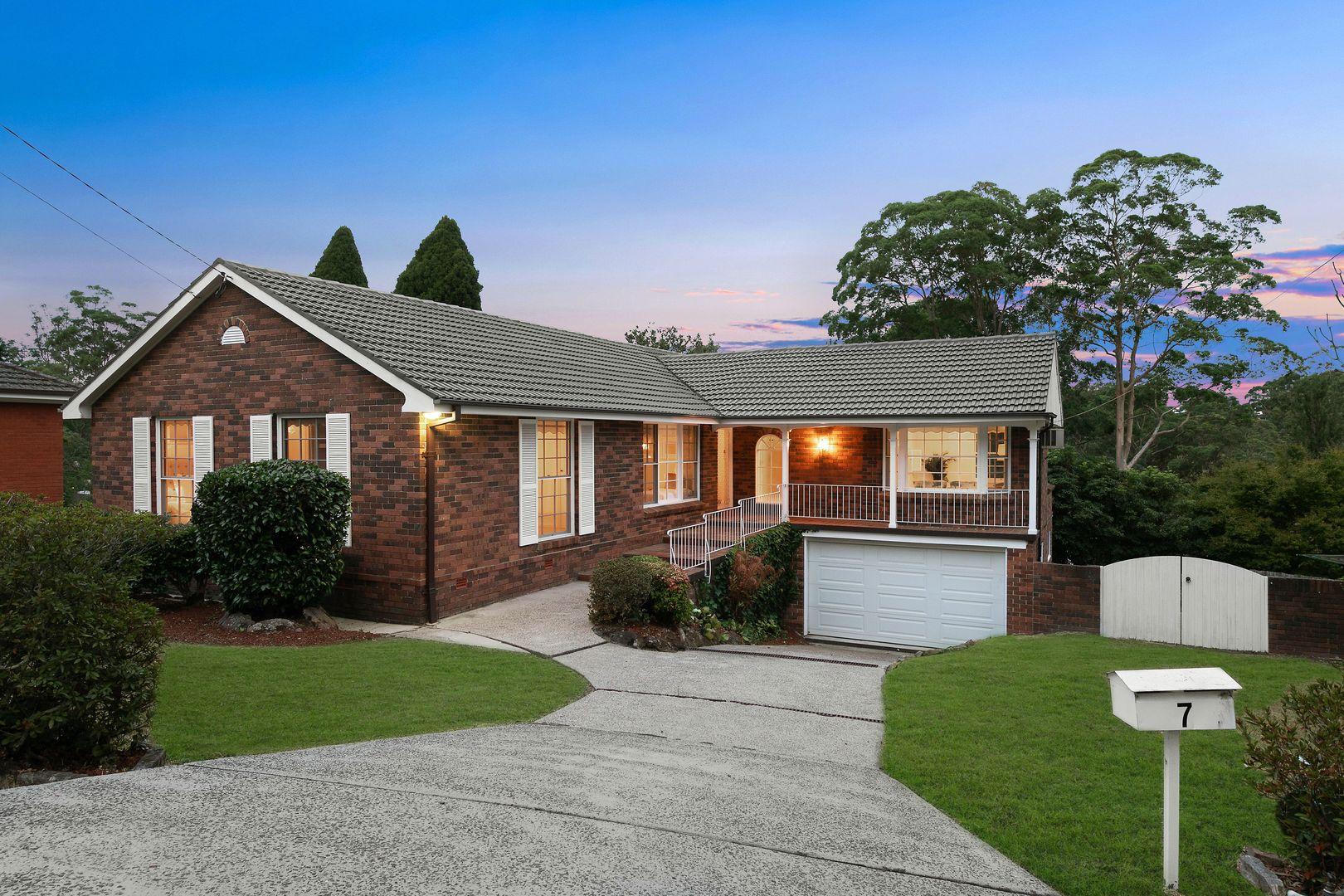 7 Charlton Avenue, Turramurra NSW 2074, Image 0