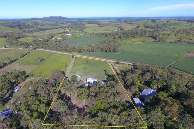 Picture of 215 Cliftonville Road, SARINA QLD 4737