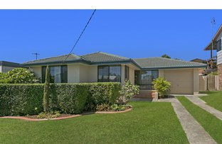 Picture of 3 Fishermens Bend, Bateau Bay NSW 2261