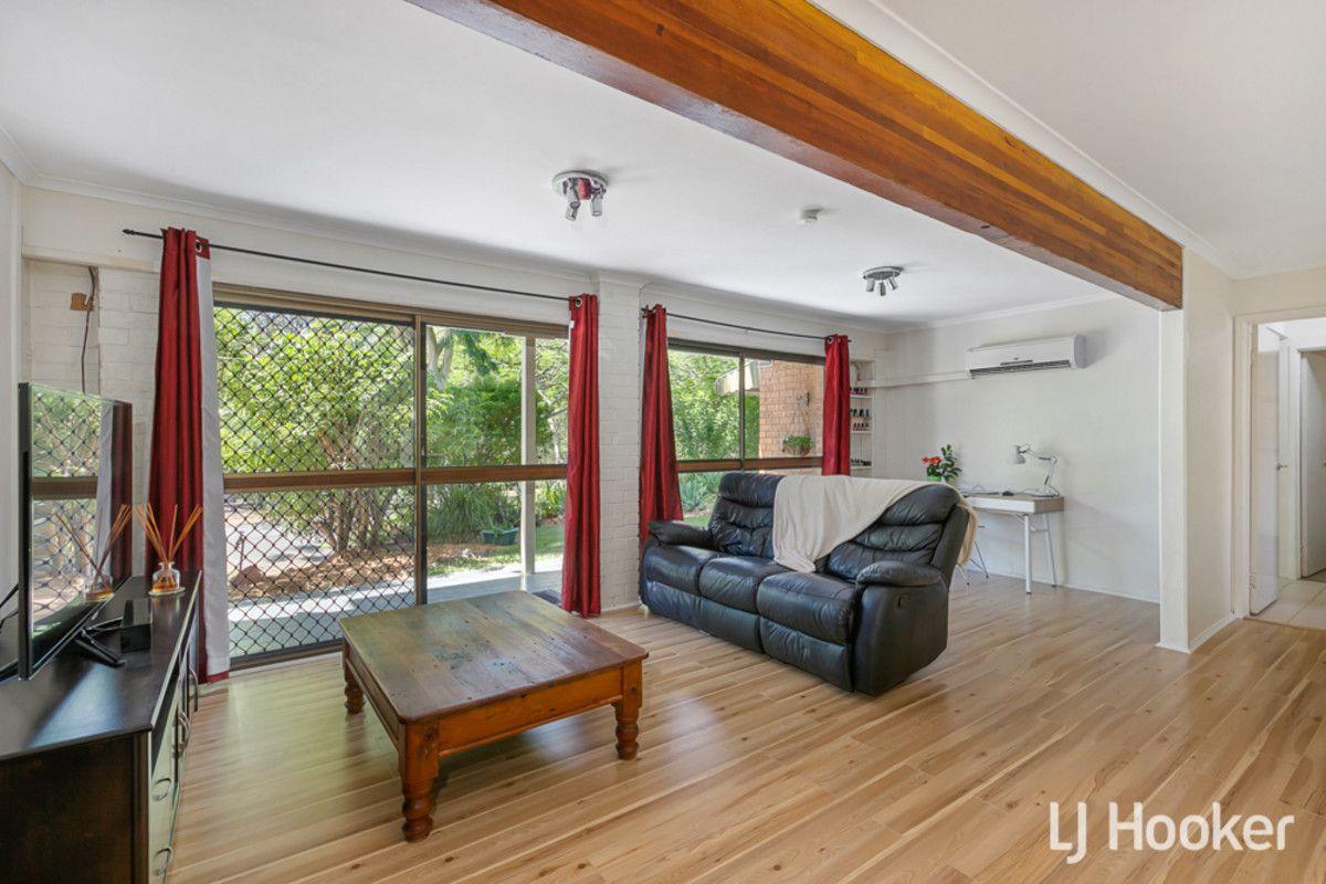 26 Sunnybay Drive, Birkdale QLD 4159, Image 2