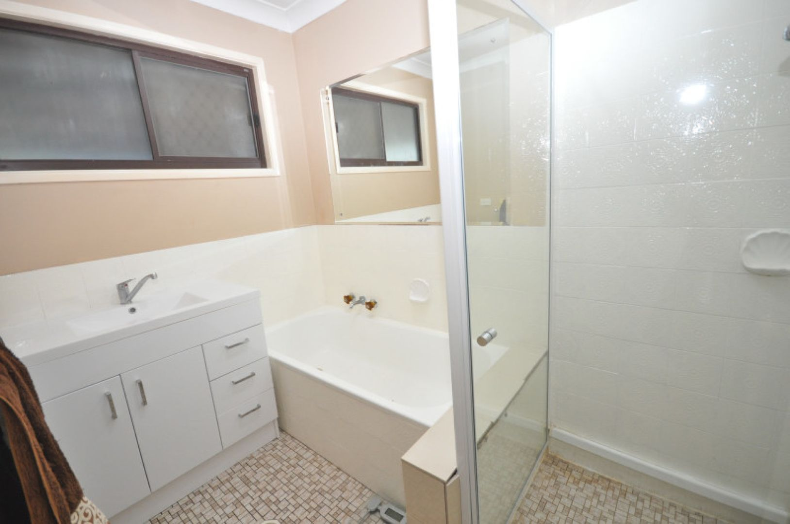24 Antares  Avenue, Kingston QLD 4114, Image 1