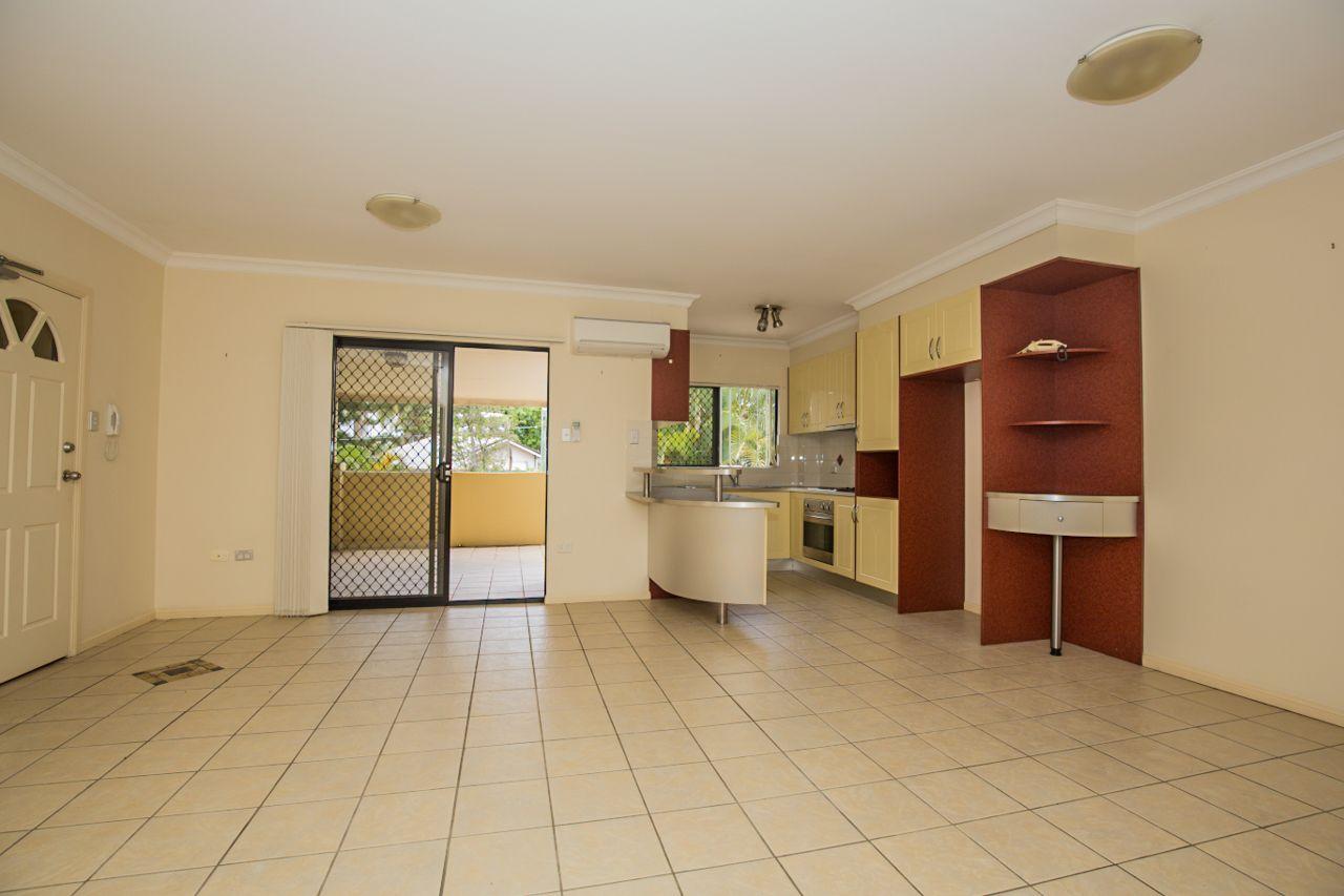 2/3 Shottery Street, Yeronga QLD 4104, Image 1