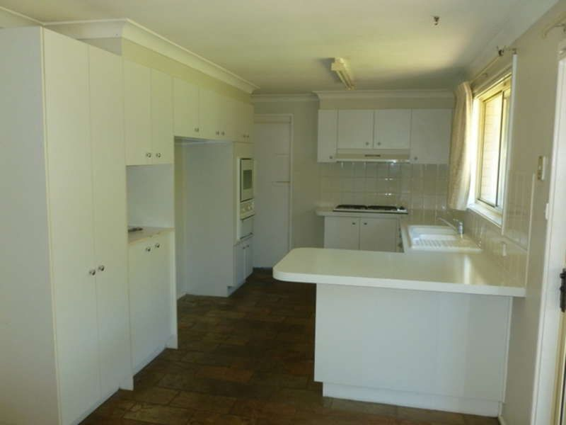 15 Manorhouse Boulevarde, Quakers Hill NSW 2763, Image 2