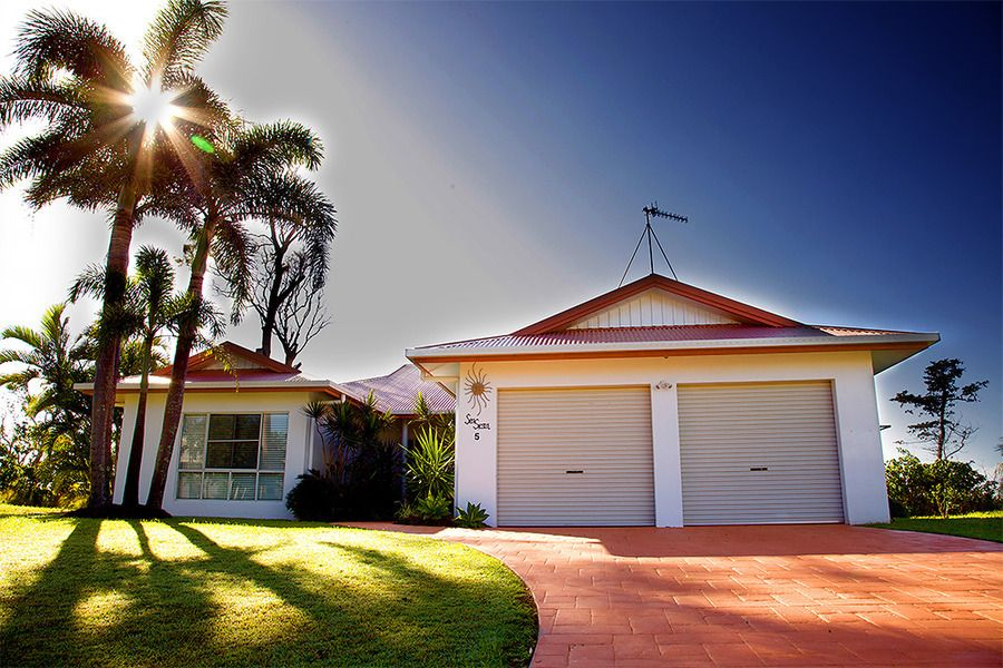 5 Conch St, Mission Beach QLD 4852, Image 0