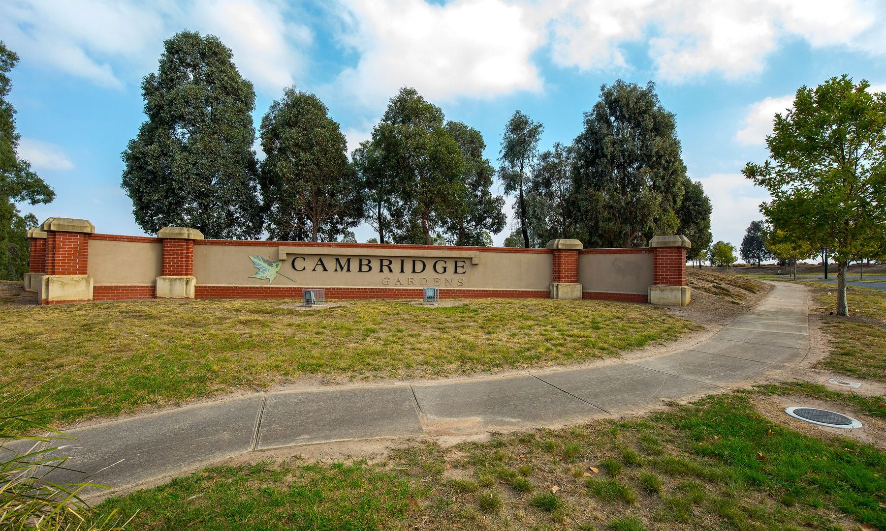 18 Tattenham Court, Attwood VIC 3049, Image 1