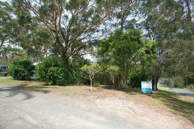 Picture of 1 The Lakes Way, ELIZABETH BEACH NSW 2428
