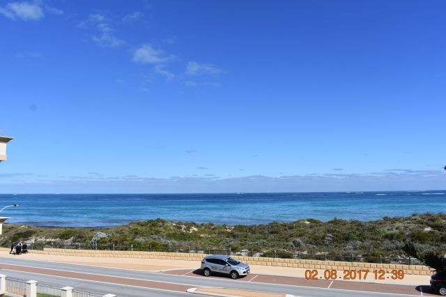 42 Ocean Drive, Quinns Rocks WA 6030, Image 0
