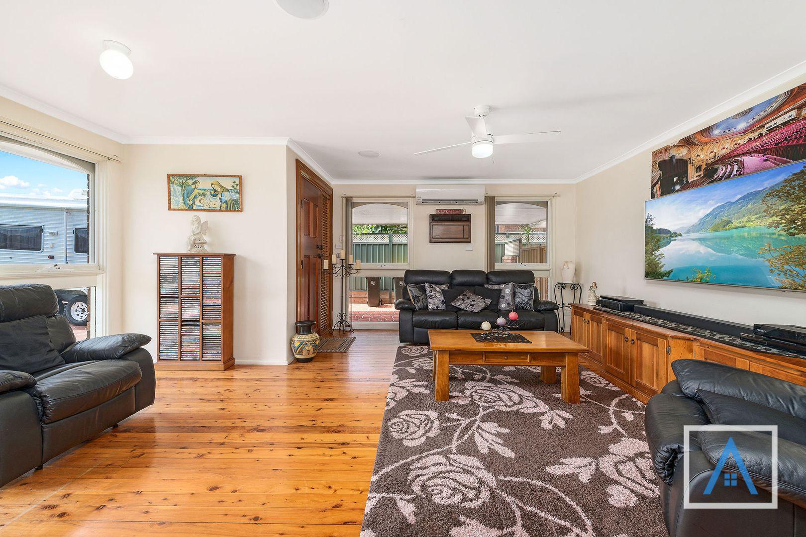 8 Wyndham Avenue, Leumeah NSW 2560, Image 1