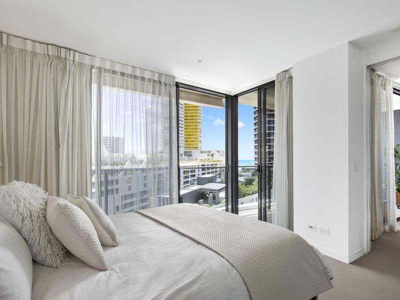 20605/23 Elizabeth Avenue, Broadbeach QLD 4218, Image 2