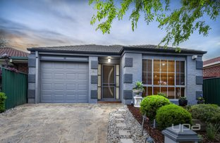 Picture of 15 Forsyth  Close, Burnside VIC 3023