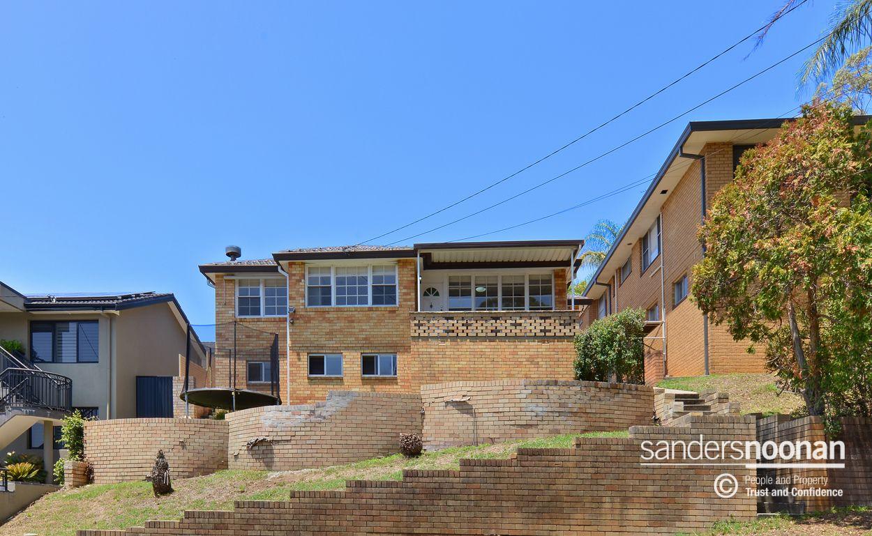 6 Robyn Street, Peakhurst Heights NSW 2210, Image 0