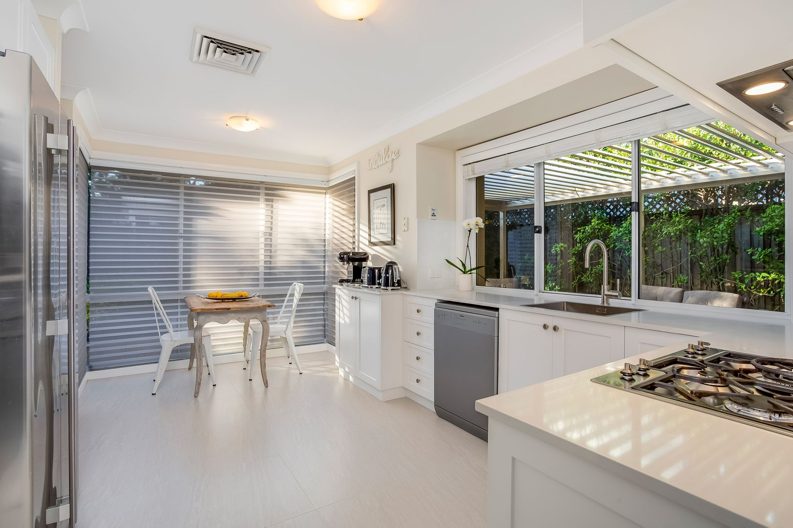 7 Cates Place, St Ives NSW 2075, Image 2