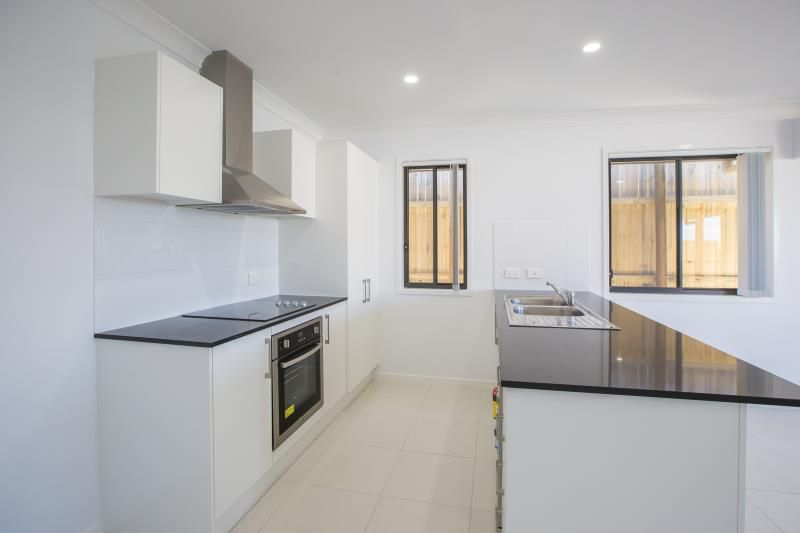16 Graham Street, Pimpama QLD 4209, Image 0