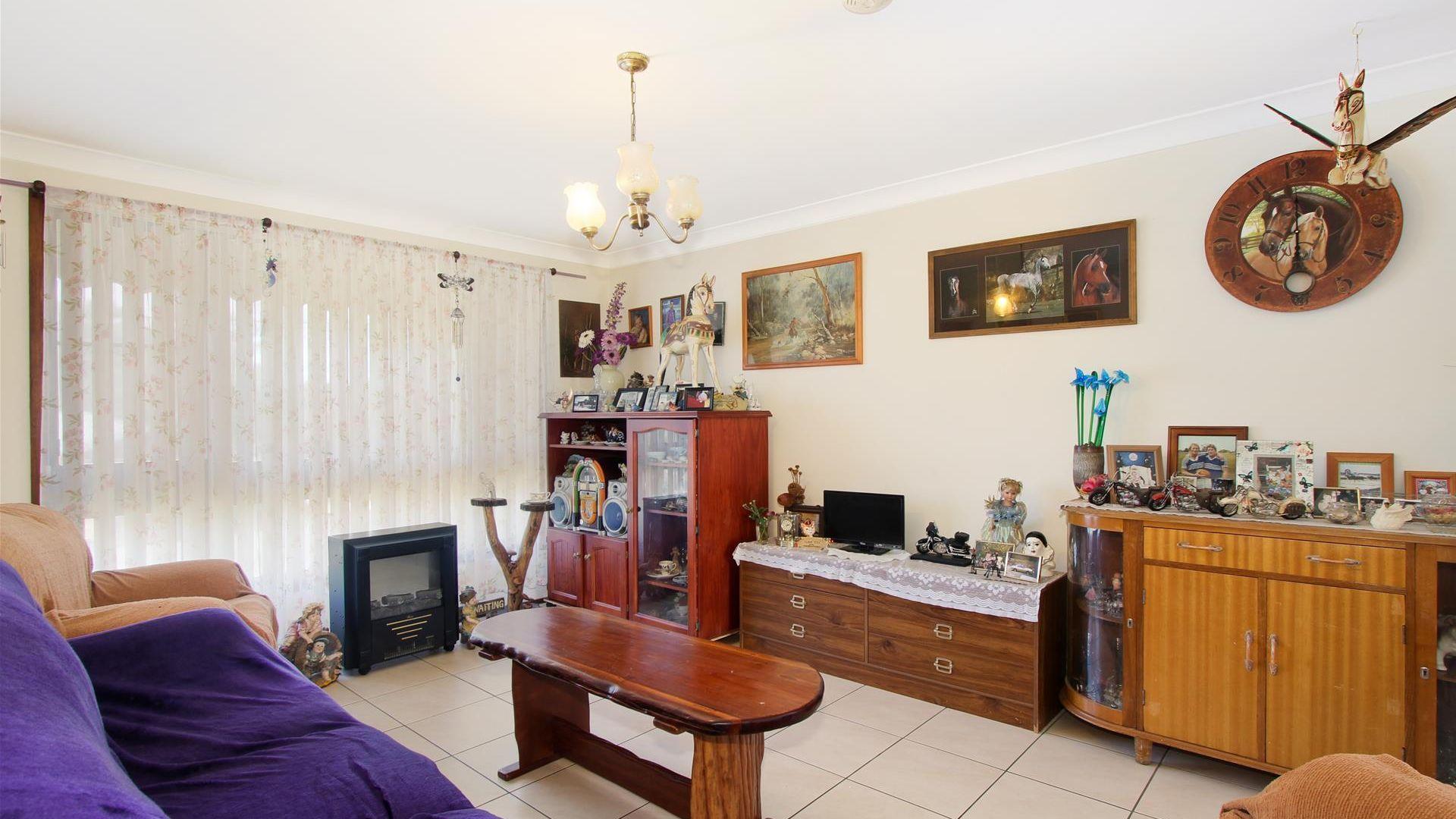 16 Angela Street, Tamworth NSW 2340, Image 1