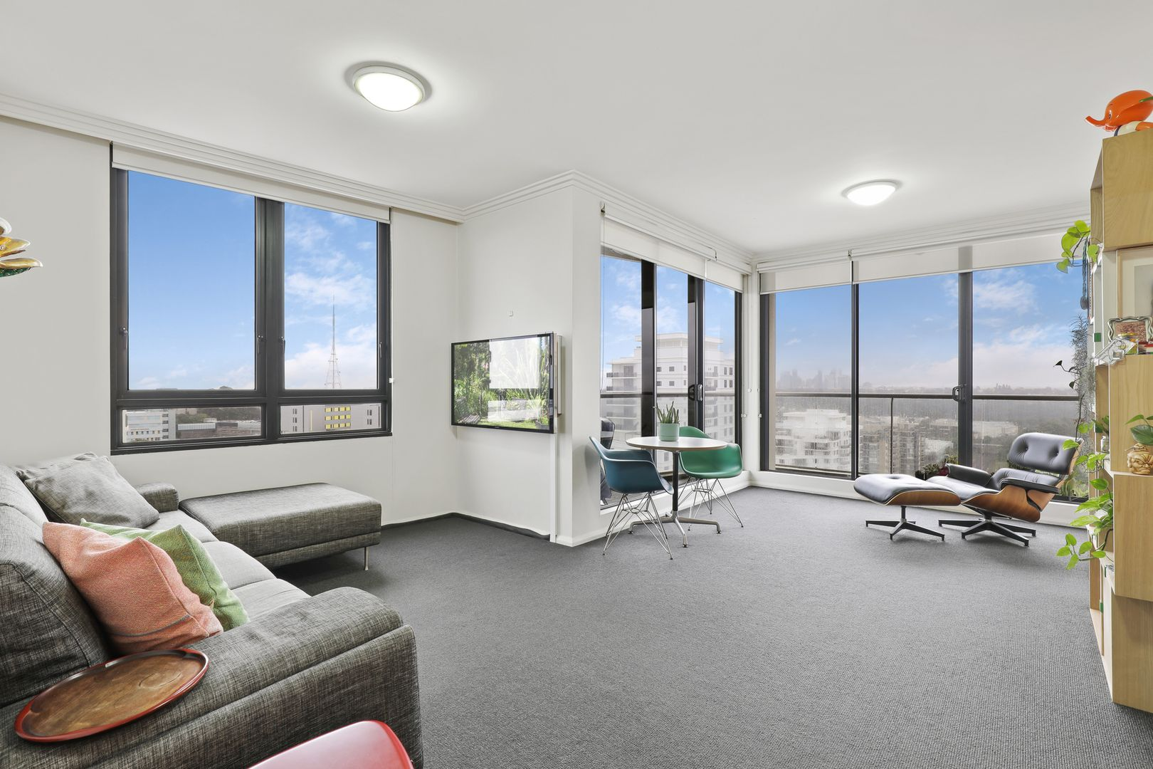 1609/1 Sergeants Lane, St Leonards NSW 2065, Image 2