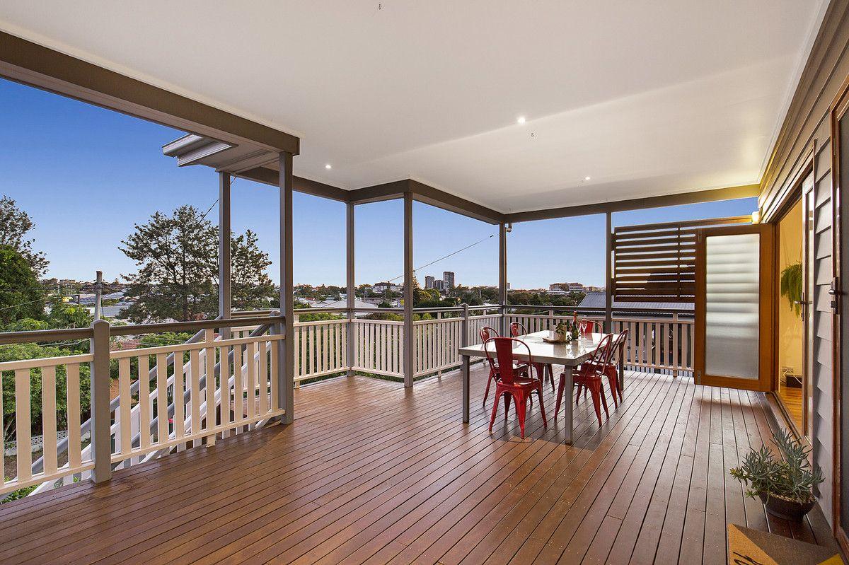 32 Cyril Street, Camp Hill QLD 4152, Image 1